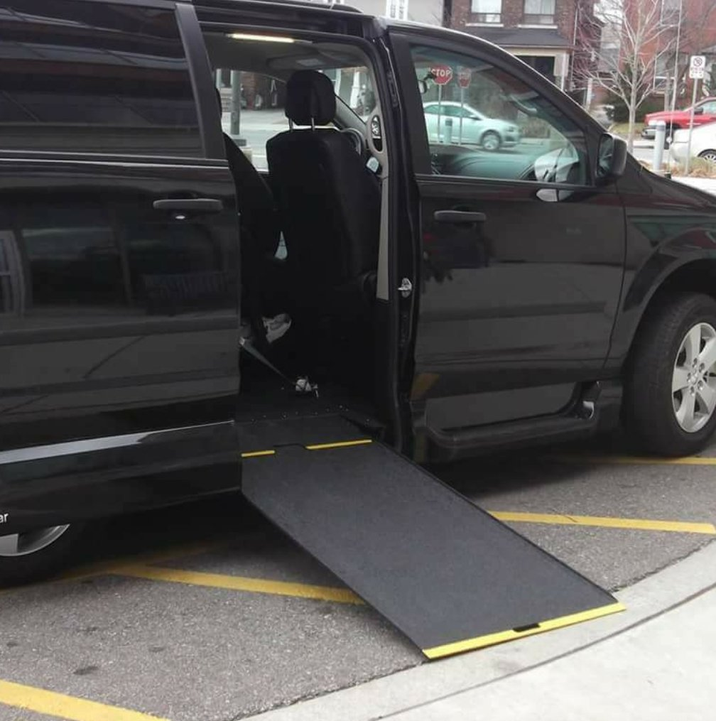 wheelchair taxi Toronto Ontario
